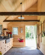 """""""9 Gorgeous Garden Sheds and Luxury Indoor Potting Sheds"""""""