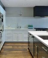 45 Splashy Kitchen Backsplashes