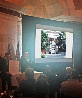 LaSalle State Bank Building Wins 2016 Acanthus Award