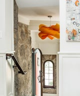 """""""30 Entryways with Dramatic Lighting to Give Your Guests A Warm Welcome"""""""