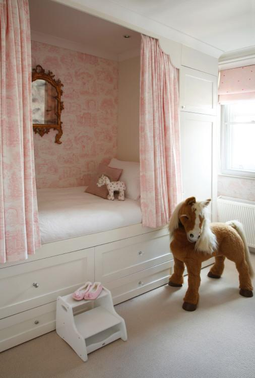 Cosy Childrenu0027s Bedroom With Custom Made Fitted Bunk And Toile Wallpaper
