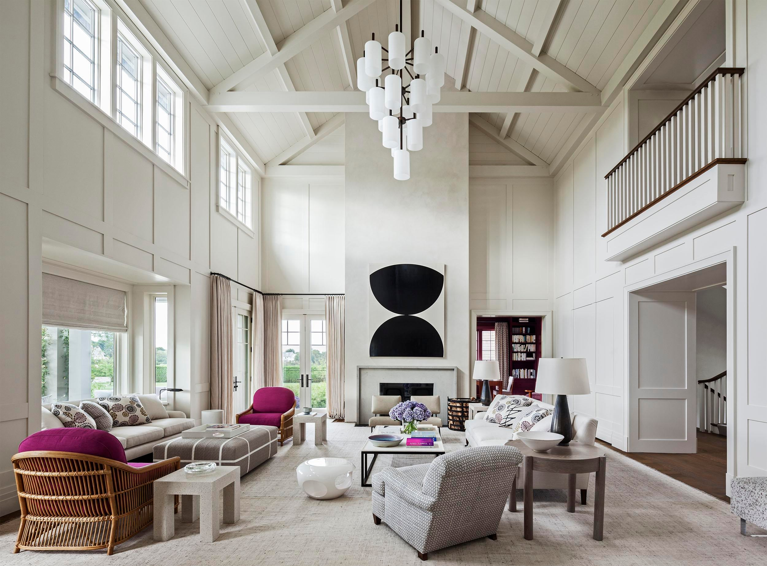 24 Chic Spaces With Cathedral Ceilings