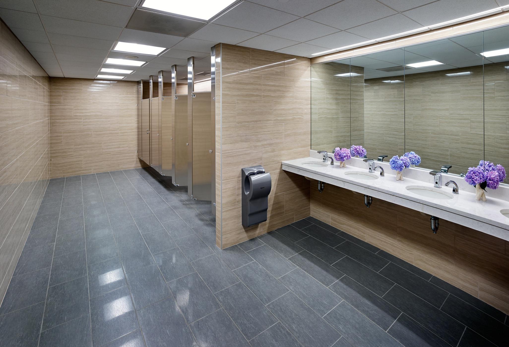 Pittsburgh Law Offices Ladies Restroom. LSM Interior Design