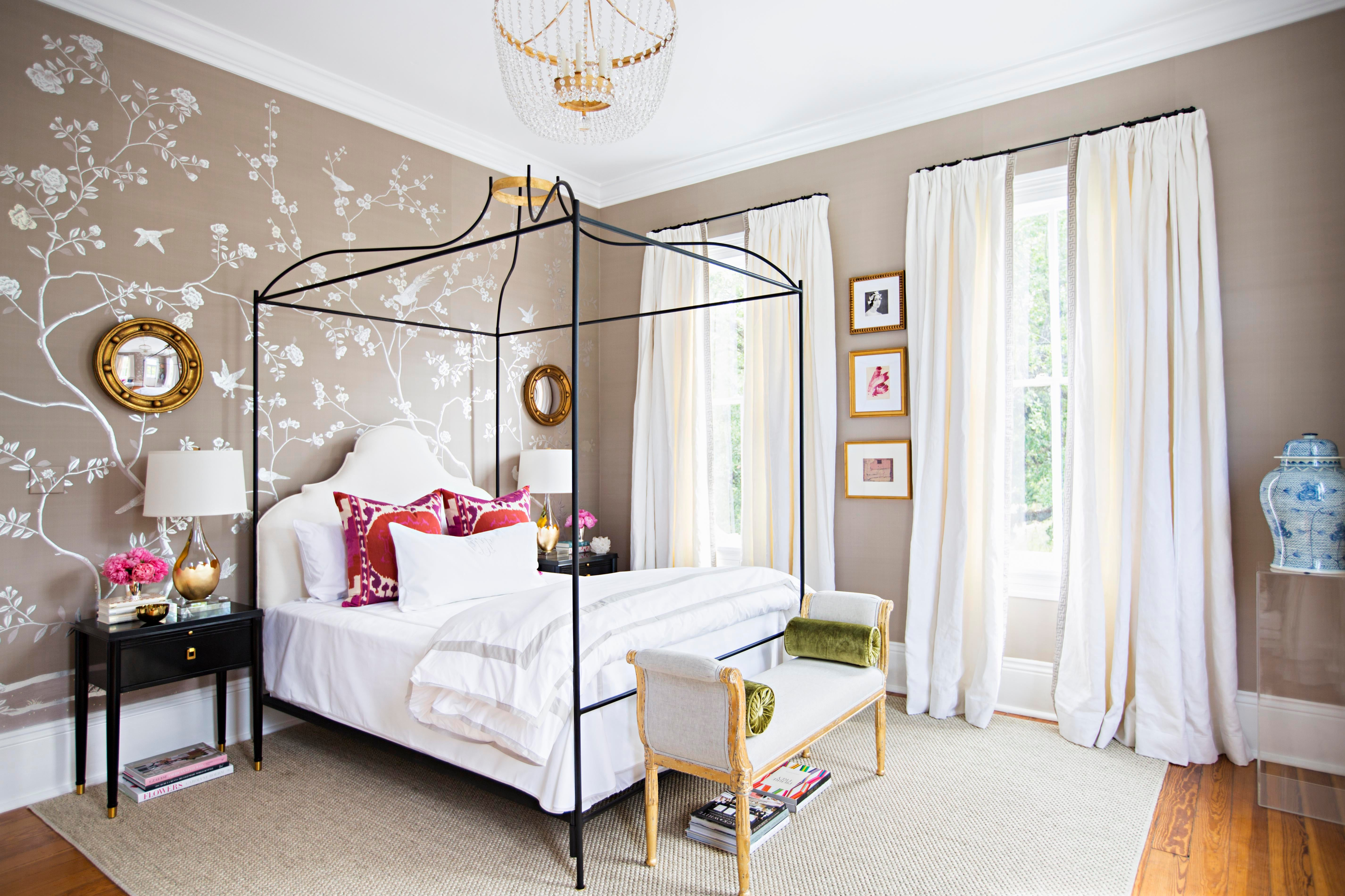 New Orleans Bedroom, Degournay Chinoiserie Wallpaper, Leontine Linens, Iron  Bed. Paloma Contreras Design