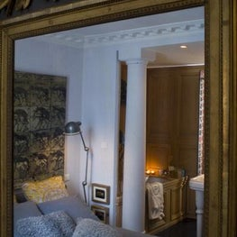 PARIS - RUE DES ST. PERES Bedroom in mirror