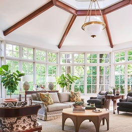 Bright & Airy Conservatory