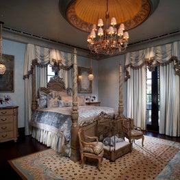 Authentic Italian Estate, Bedroom