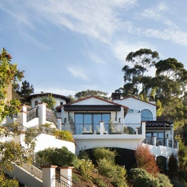 La Jolla Home nested between trees