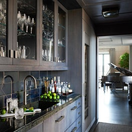 Bar - Downtown Triplex Apartment