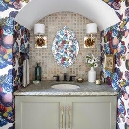 Fanciful floral powder bath