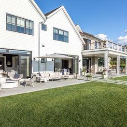 Hamptons patio for entertaining