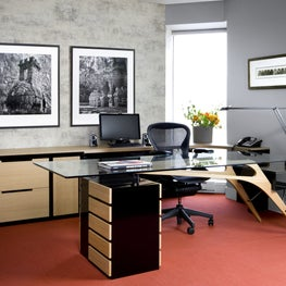 Beautiful office setting with red accents.