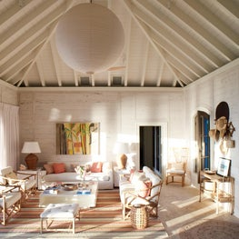 A Bahamanian Guest Houses's Central Room