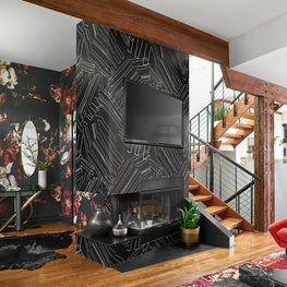 Chicago Cottage by Studio Sven, fireplace with custom wallpaper