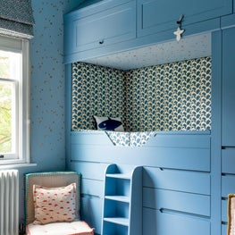 Barnes, London - Nursery with bespoke twin bunks, star wallpaper