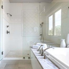 Bright Bathroom Oasis