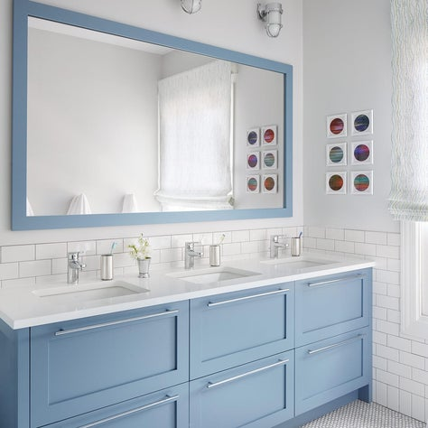 Kir's Bath, Blue Vanity
