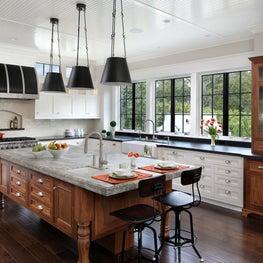 Easton Tudor | Kitchen