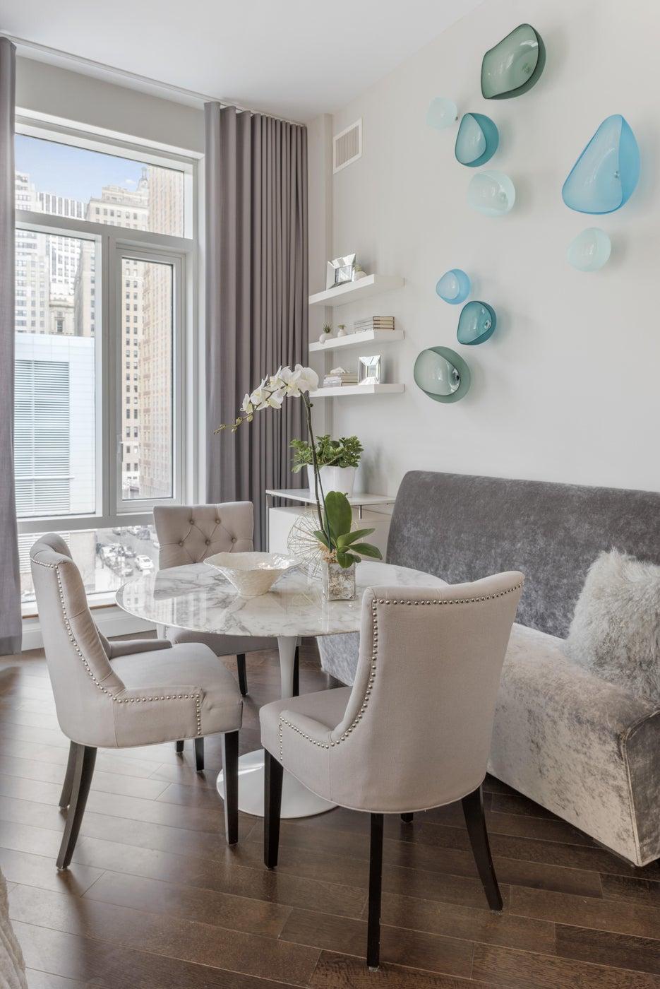 Battery Park City Residence, Dining