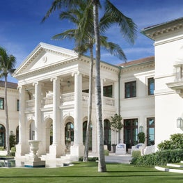 Carved limestone detailing facing the ocean on a new Palladian Villa