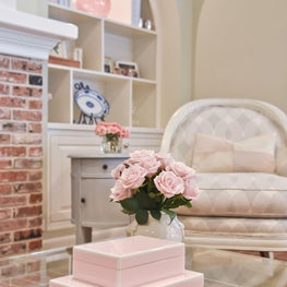 Comfortable yet elegant with touches of soft pink.