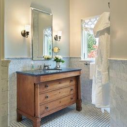 Medina Cabana Bathroom