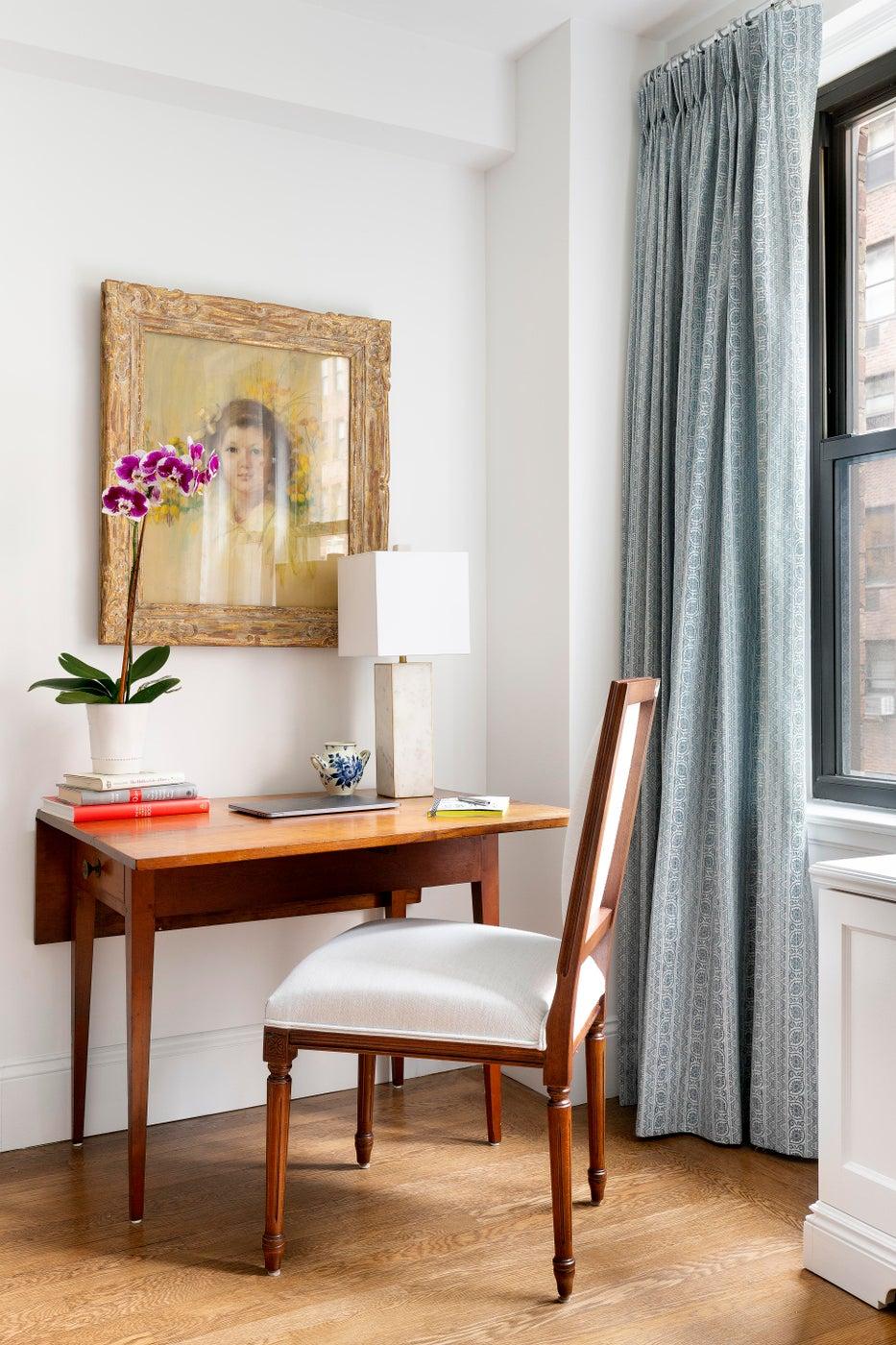 Living Room Office Nook