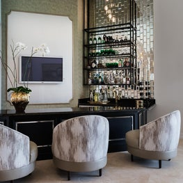 Let's have a drinks, bar glam. Cheers!
