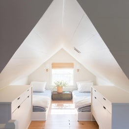 Mosle - Attic guest beds / kids room