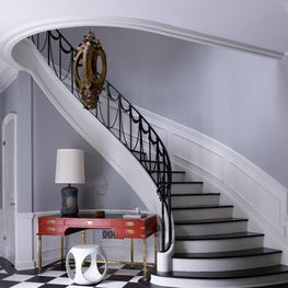 Update to classic 1938 Beverly Hills foyer with fun vintage pieces