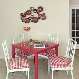 Dallas Bright and Cheery Girl Cave Game Table