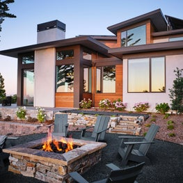 Hilltop Dream | Patio