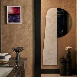 Holiday House New York City Bathroom