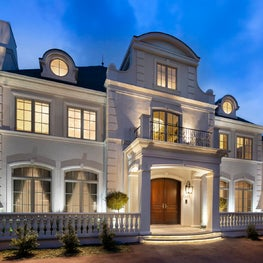 French Chateau / Exterior