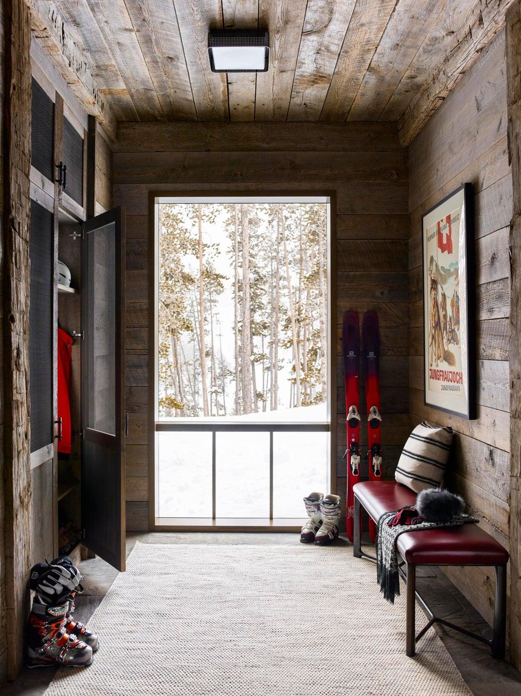 Ski Chalet - Mudroom