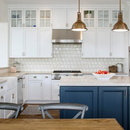 Clean and simple coastal kitchen to accommodate a family with four young boys.