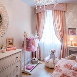 Park Slope Brownstone, girl's pink bedroom