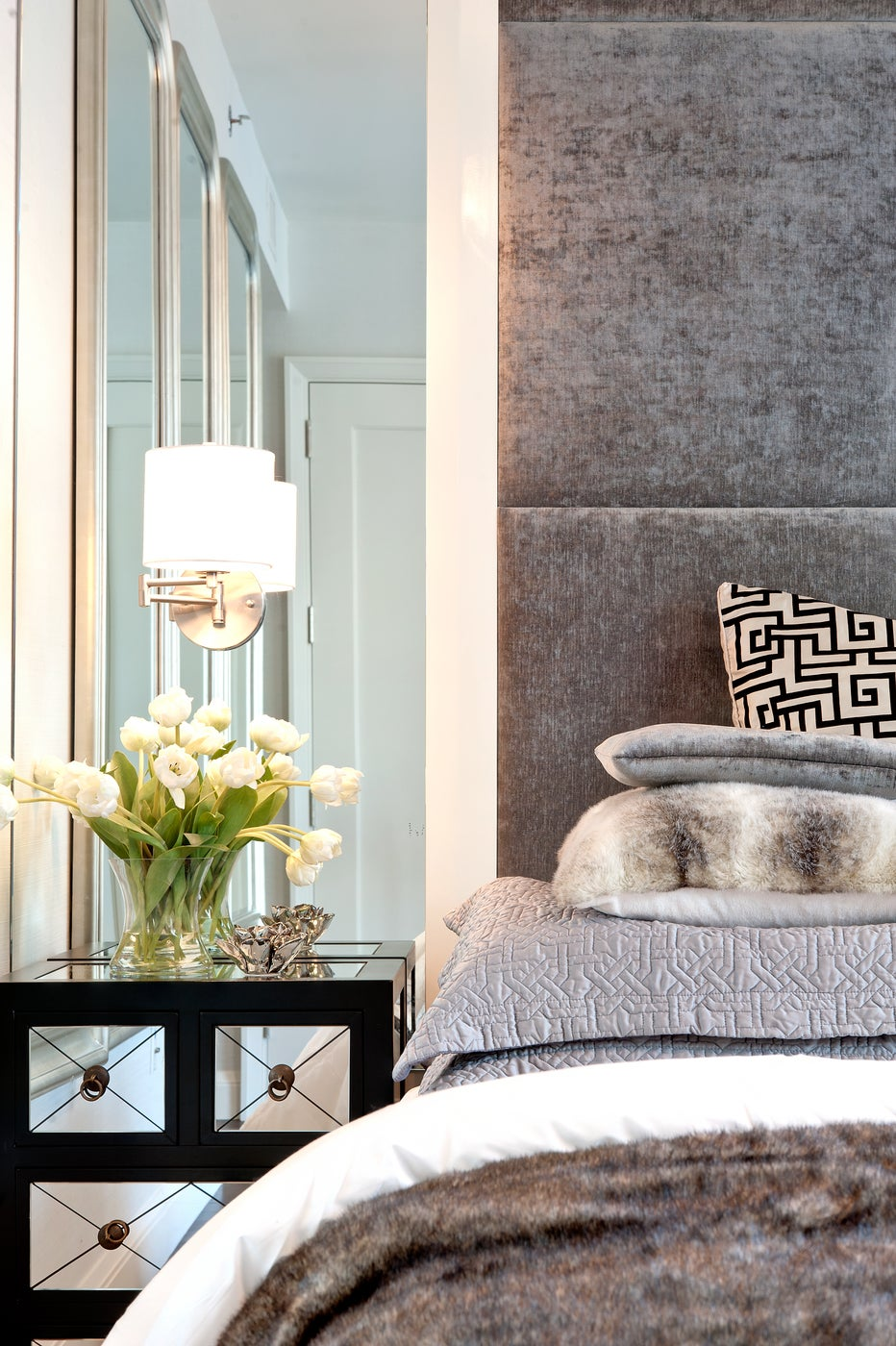 The Visionaire, Master Bedroom