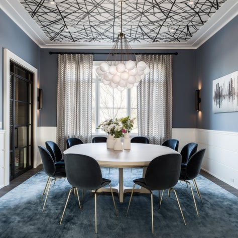 Hamptons dining room with wallpapered ceiling