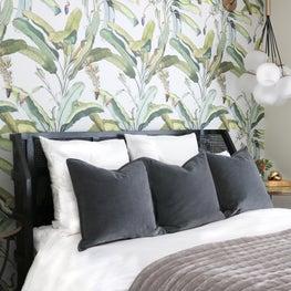 LA tropical Bedroom
