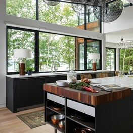Modern Lake house - Kitchen