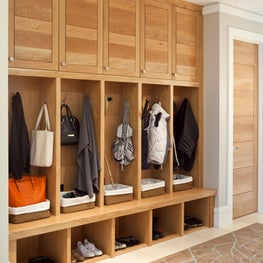 Casual Contemporary Mudroom