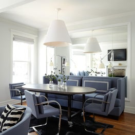 Lincoln Park Residence Dining Area with Knoll Flat Bar Chairs.
