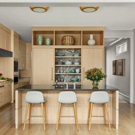 Mid Century Modern Kitchen with Mediterranean Vibe