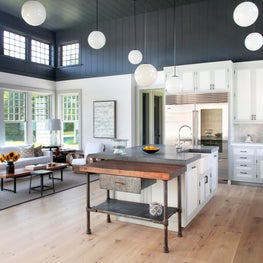 East Hampton Kitchen and Living Space