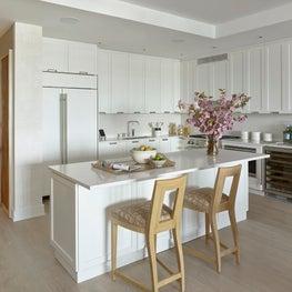 Hamptons / Sag Harbor Penthouse, Kitchen w/ neutral palette