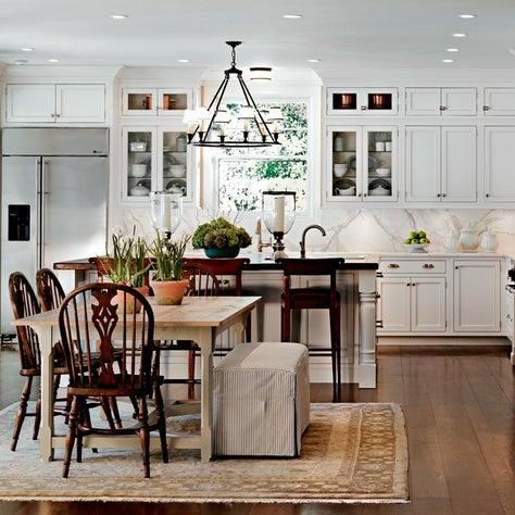 Kitchen Cape Cod Style, Calacutta marble, Visual Comfort Lighting, White kitchen