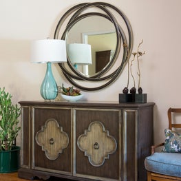 Transitional Entry w/chest and mirror