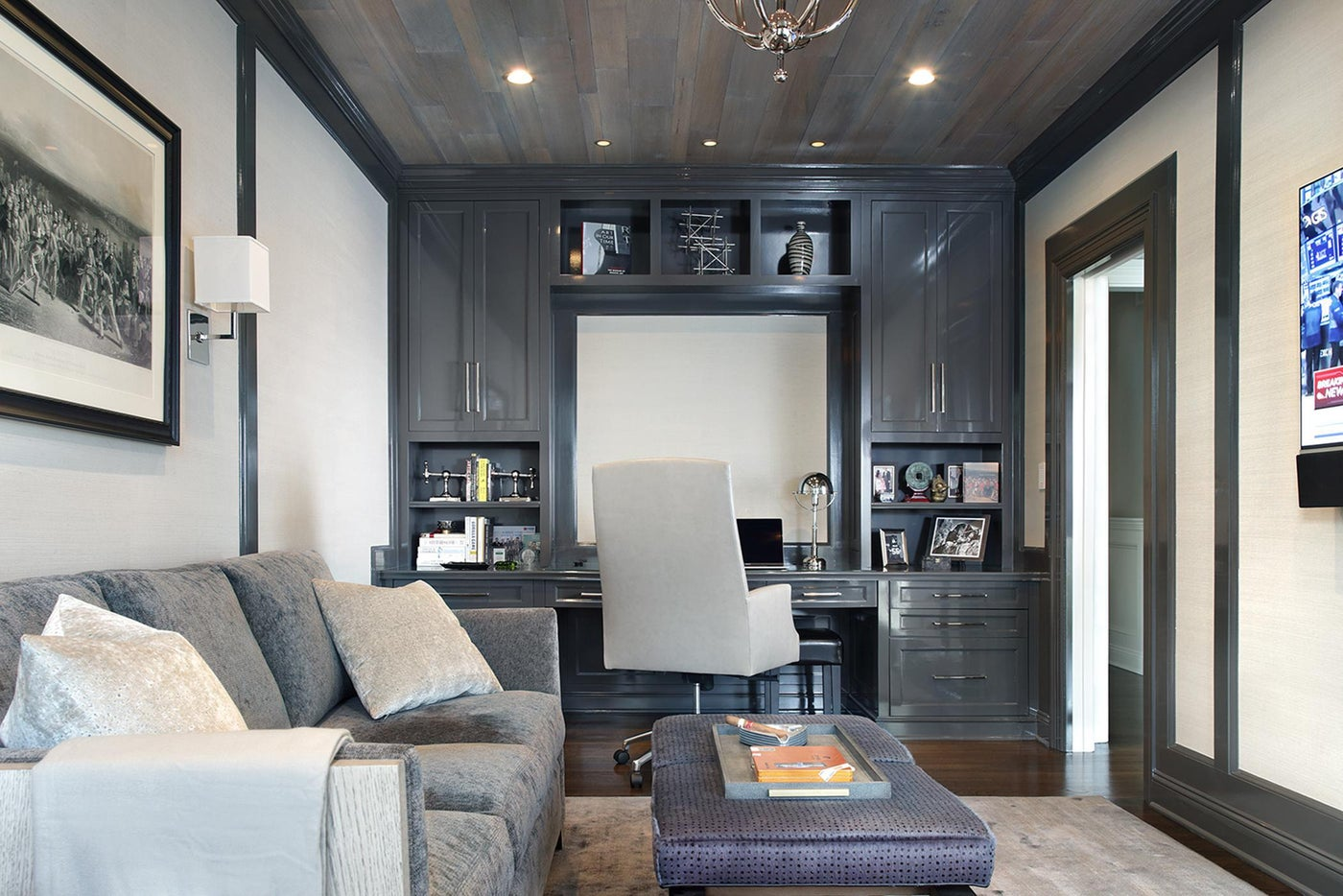 Masculine Office with High Gloss Custom Cabinetry