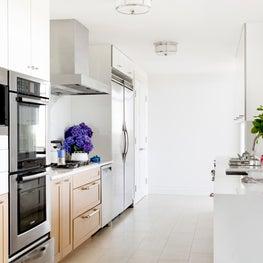 Warm Modernist Penthouse Kitchen - White Plains, New York